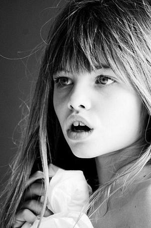 Фото Thylane Blondeau / Тилан Блондо в детском возрасте (© ), добавлено: 24.10.2012 07:43