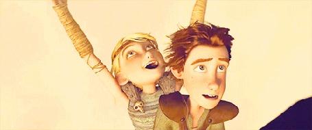 Фото Иккинг с Астрид летят на драконе Беззубике - мультфильм Как приручить дракона / How to Train Your Dragon