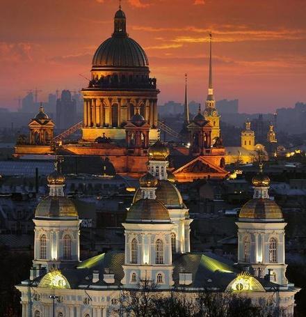 Фото Санкт-Петербург, вид на Исакиевский Собор (© ), добавлено: 28.10.2012 18:26