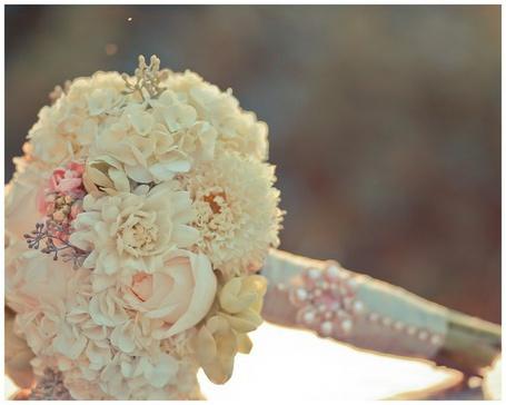 Фото Свадебный букет из бежевых цветов (© Кофе мой друг), добавлено: 02.11.2012 11:56