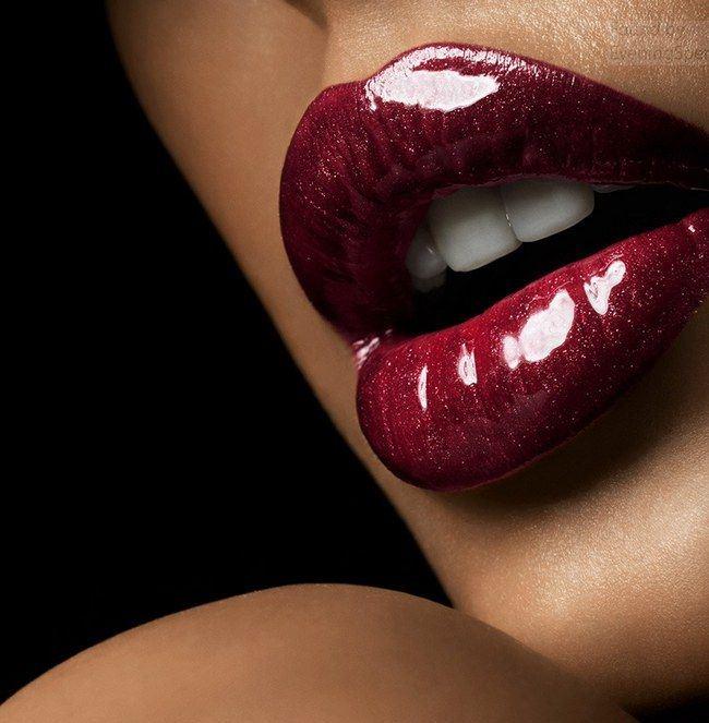 Секс красные губы на пизде порно видео голые