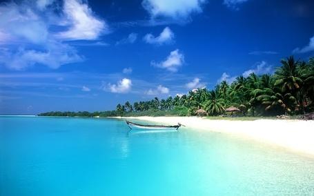 Фото Пляж Калангут, Гоа, Индия / Candolim Beach, Goa, India (© Morena), добавлено: 03.12.2012 13:59