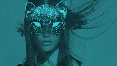 Фото Девушка с рисунком морды леопарда вместо лица