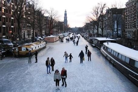 Фото Канал Принсенграхт в Амстердаме, Нидерланды зимой / Prinsengracht canal in Amsterdam, the Netherlands