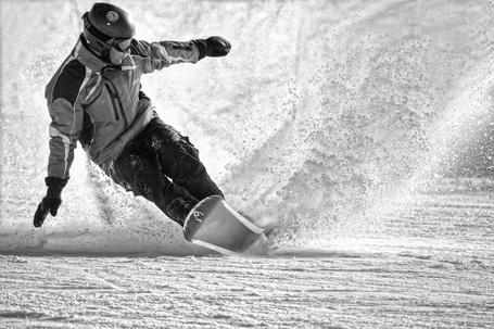 Фото Парень на сноуборде