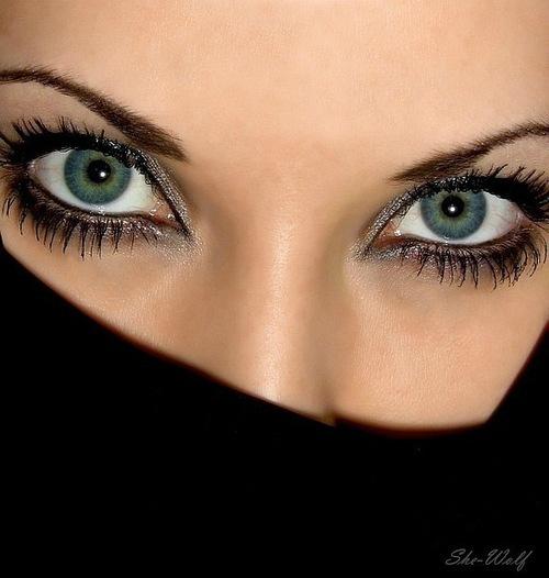Фото девушек глаза на аву в одноклассники