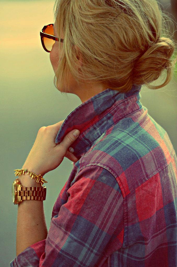 Фото девушки на аву со спины
