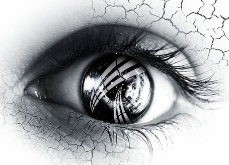 Фото Женский глаз с потрескавшийся, как пустыня, вокруг него кожей (© ), добавлено: 16.01.2013 17:32