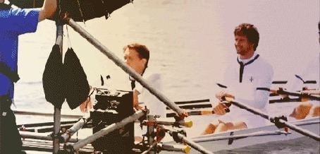 Фото Плывущие на лодке спортсмены