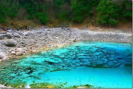Фото Бирюзовое озеро, Национальный парк Цзючжайгоу / Jiuzhaigou National Park, Китай / China (© Banditka), добавлено: 21.01.2013 11:16