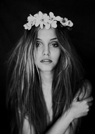 Фото Девушка с венком цветов на голове, фотограф Анна Шакина / Anna Shakina