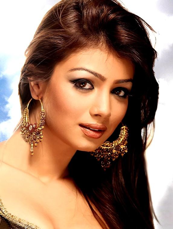 фотографиях видно, фотогалерея индийской актрисы вими лопатой