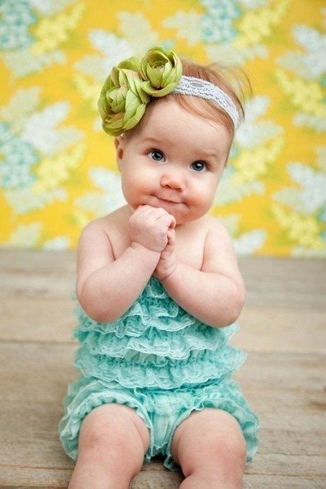 ребенок 6 месяцев клюет головой