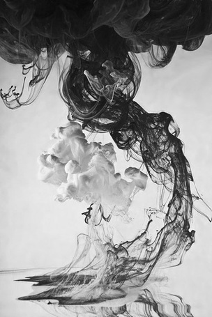 Фото Черный и белый дым (© Mr. Panda Tao), добавлено: 16.03.2013 14:05