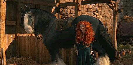 Фото Лошадь ударяет хвостом Мериду, мультфильм Храбрая сердцем / Brave