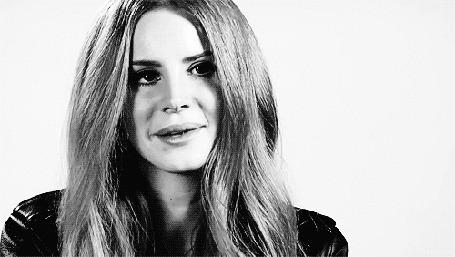Фото Американская певица Лана Дель Рей / Lana Del Rey улыбается