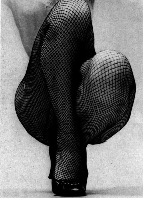 black-girls-in-fishnets-ice-dildo-porn