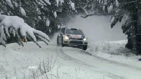 Фото Зимние гонки на авто