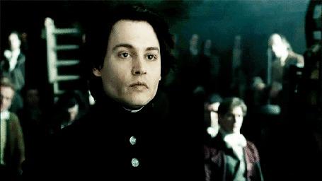 Фото Актер Johnny Depp / Джонни Депп презрительно улыбается в фильме Sleepy Hollow / Сонная лощина