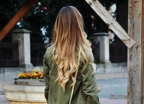 Фото девушка с длинными волосами