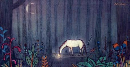Фото Лошадь пасется ночью в лесу и пытается достать из воды звезду, Zheng Yawen