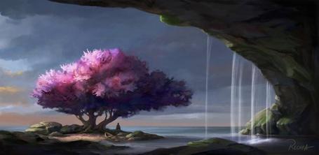 Фото У входа в большой грот растет дерево в розовыми листьями, под которым сидит человек и лежит лодка
