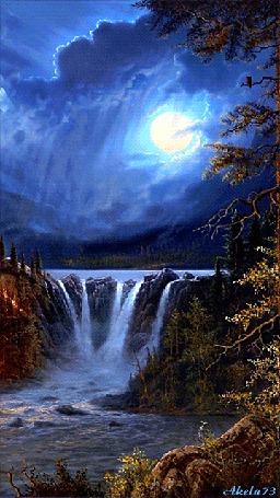 Фото Красивый водопад, находящийся на озере на фоне ночного лунного неба (© Felikc), добавлено: 17.05.2013 00:32