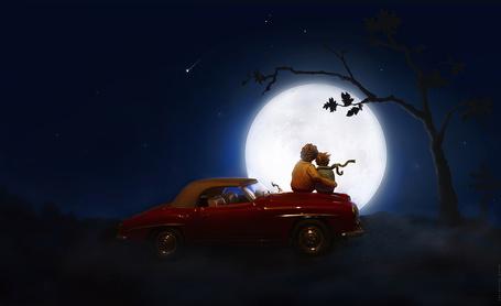 Фото Парень и девушка, сидящие на капоте ярко-коричневого легкового автомобиля, обнявшись мечтательно смотрят на ночное звездное небо с яркой луной, фотография Артура Сарибекяна