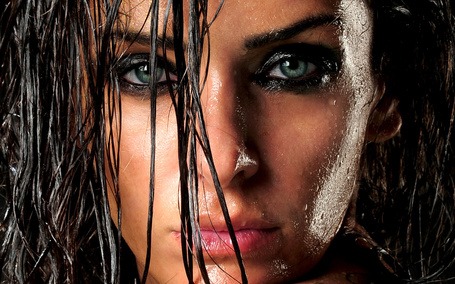 Девушка с мокрыми волосами порно фото