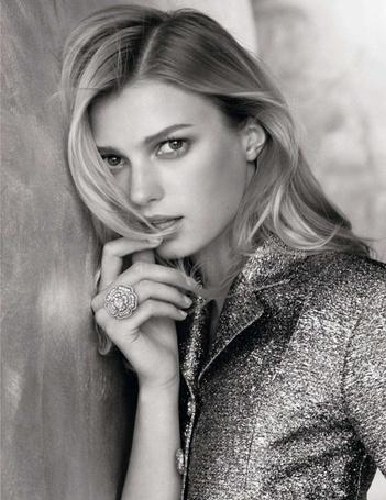 Фото Модель Sigrid Agren / Сигрид Агрен в рекламе ювелирных украшений Chanel / Шанель