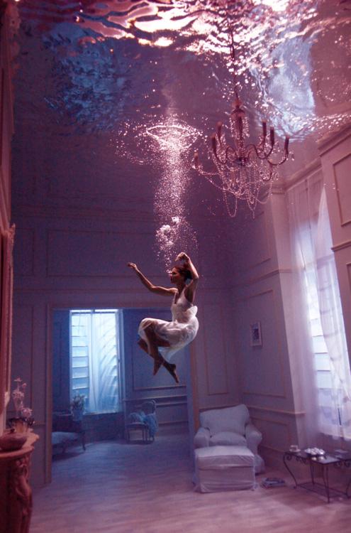 трюк с замком под водой нашем