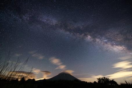Фото Звездное небо над Фудзи, Япония / Fuji, Japan, фотограф Yuga Kurita / Юги Курита (© ), добавлено: 01.07.2013 00:46