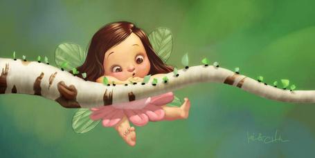 Фото Девочка - фея повисла на березовой ветке, по которой идут муравьи с зелеными листьями