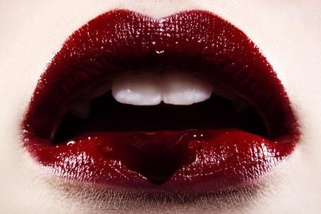 Фото девушек с разбитыми губами на аву