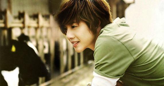 Фото Ким Хен Джун / Kim Hyun Joong - корейски актер, певец, бывший лидер группы SS501