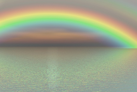 Фото Над морем повисла радуга