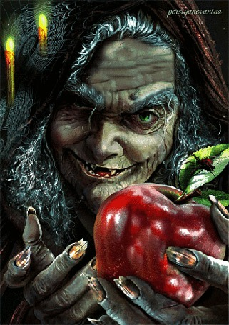 Фото Сказочная Баба-Яга со сломанными ногтями, хитрым прищуром зеленых глаз, впивается ногтями в красное яблоко, из которого каплями вытекает сок, по зеленому листочку ползет паук, горят зажженные свечи