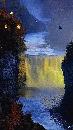 Фото Водопад на фоне падающих листьев и летящих птиц