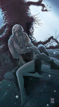 Фото Эльфы обнимаются ночью под деревом, мужчина нежно обнимает свою девушку, художник VyrL