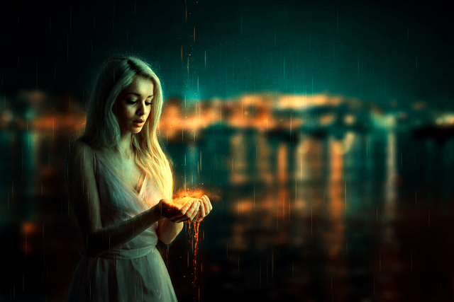 Фото Девушка с огненной магией в руках