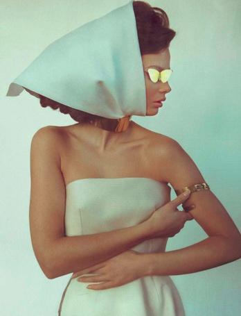 Фото Модель Moa Aberg / Моа Аберг в фотосессии Camilla Akrans / Камилла Акранс для итальянского журнала Vogue