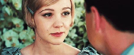 Фото Леонардо Ди Каприо / Leonardo DiCaprio и Кэри Маллиган / Carey Mulligan влюбленно смотрят друг на друга, кадр из фильма Великий Гэтсби / The Great Gatsby