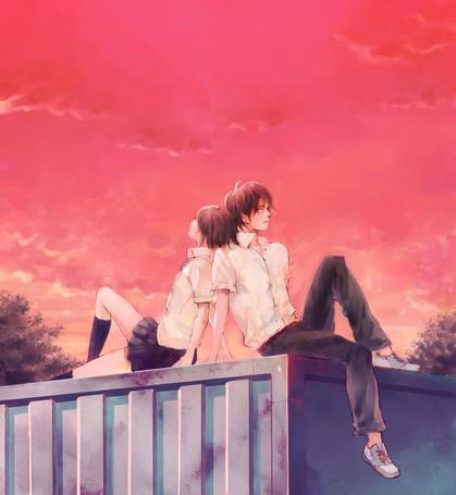 Фото Парень и девушка в школьной форме сидят спина к спине на заборе, на фоне закатного неба, мангака Fukahire