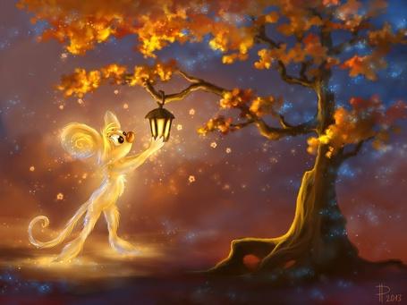 Фото Золотистый мышонок тянется к фонарю, висящему на дубе с желтой листвой, художник Rom-Art