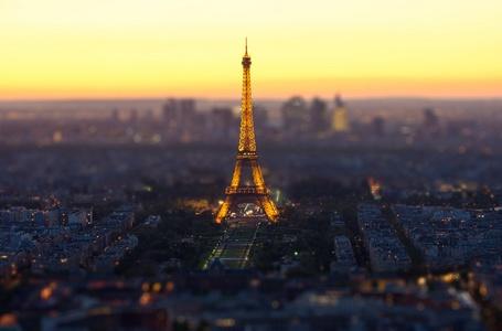 Фото Эйфелева башня / Eiffel Tower с эффектом Тилт Шифт / Tilt Shift, Париж, Франция / Paris, France (© Seona), добавлено: 04.11.2013 17:18