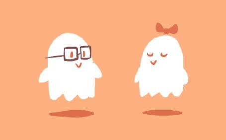 Фото Призрак в очках, целует призрака с бантиком