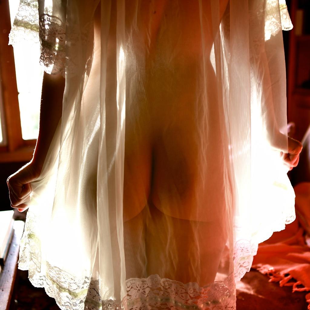 Фото обнаженных беременных девушек в прозрачном пеньюаре 15 фотография