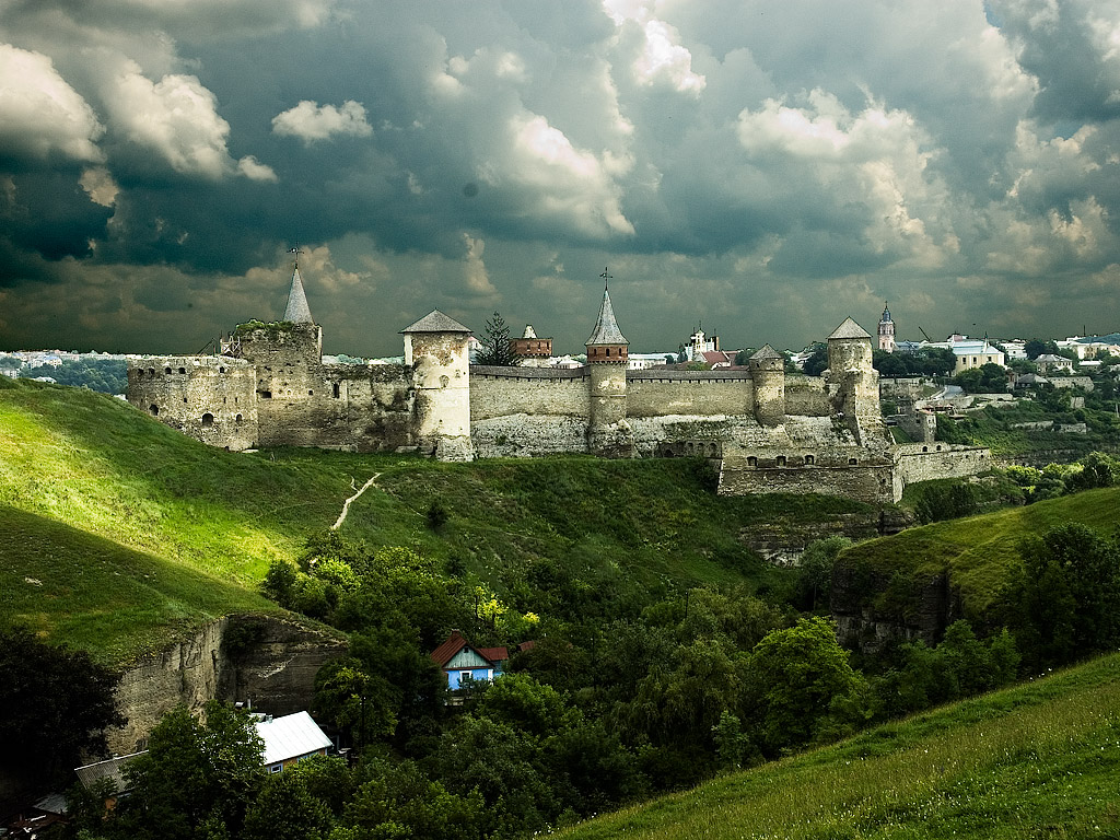 жилье крепости украины картинки тень для возделывания