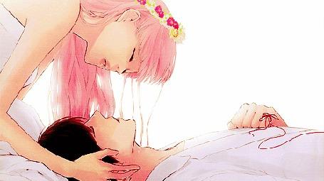 Фото Vocaloid Megurine Luka / Вокалоид Мегуринэ Лука наклоняется над спящим парнем и, когда он открывает глаза, исчезает, из клипа Just Be Friends