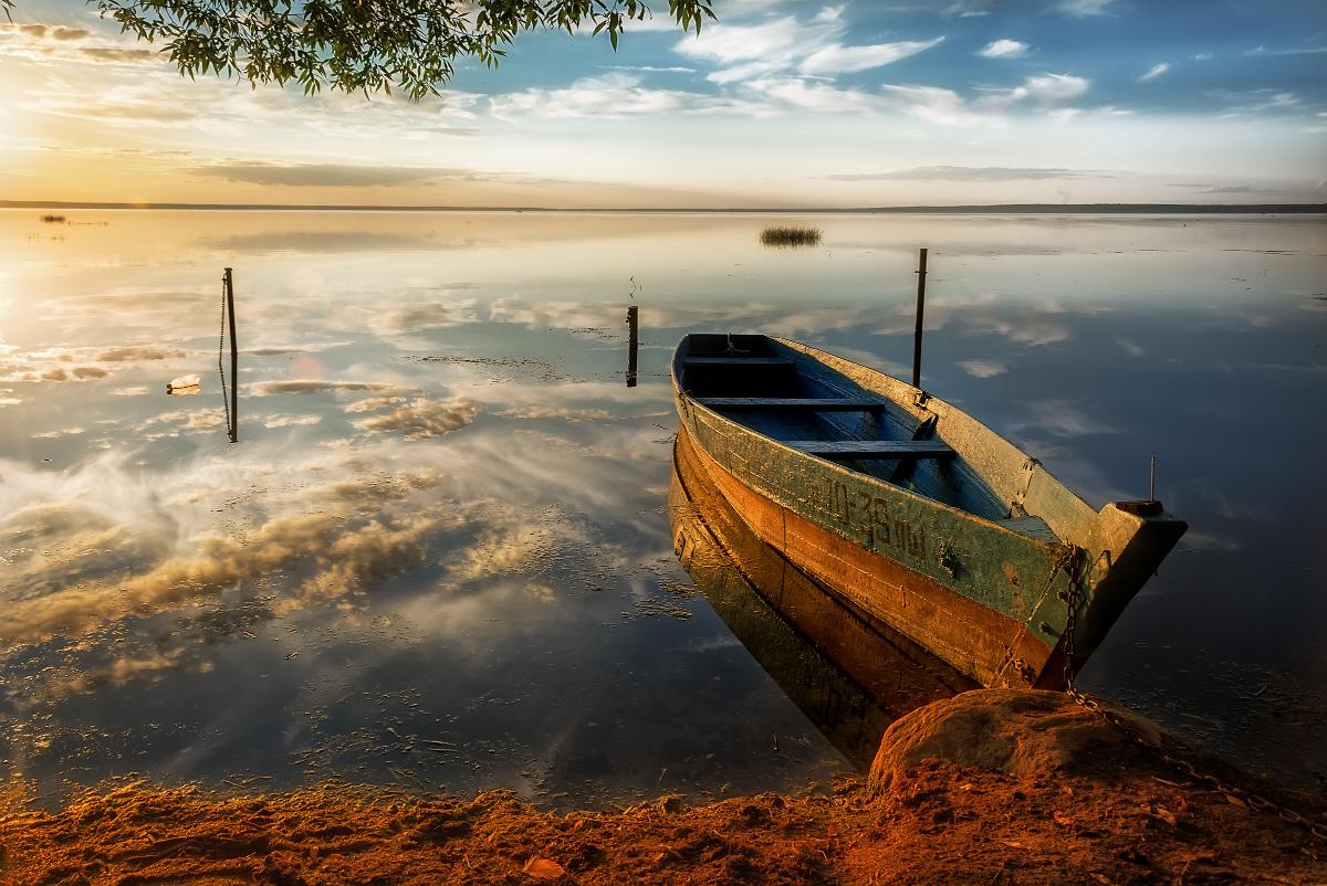 мем картинки лодки возле берега моей груди
